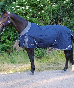 Nova sport täcke med elastisk hals och bogveck